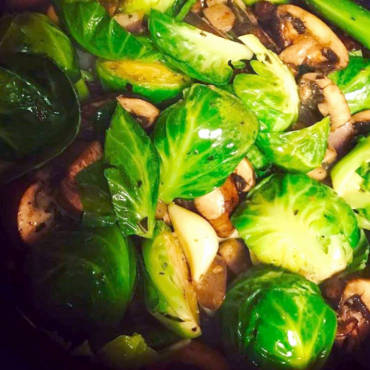 Caramelized Brussels Sprouts & Mushrooms